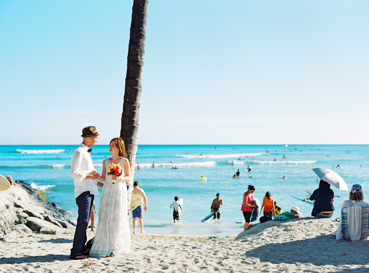 waikiki beach wedding (1)