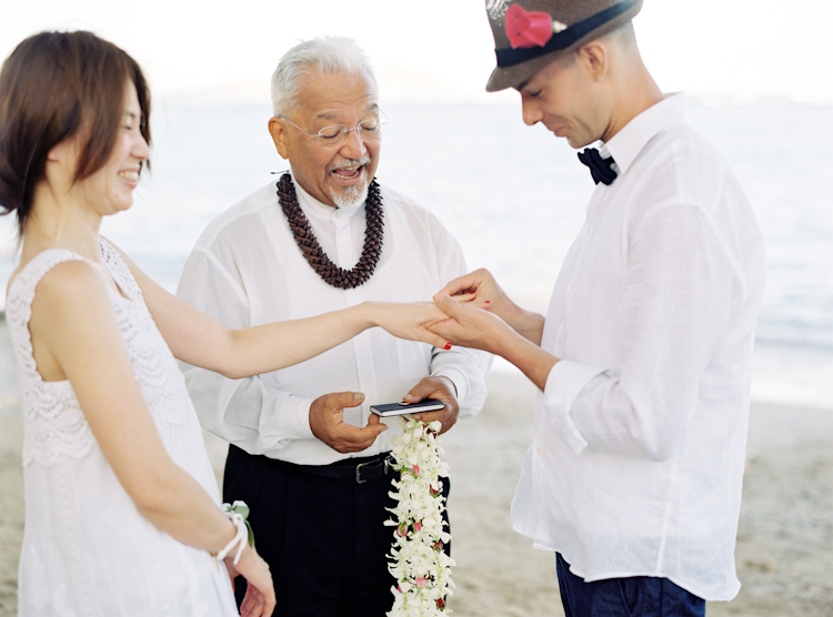 waikiki beach wedding (13)