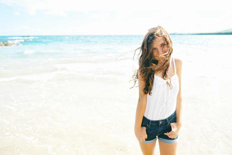 maui family photographer wendy laurel's photos of gorgeous girl at ironwoods beach in kapalua-3