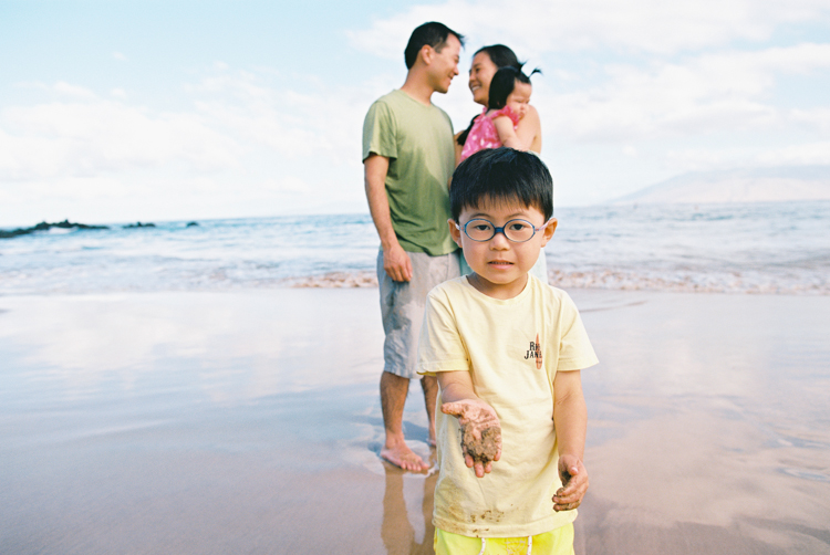 maui family photographer wendy laurel's photography of maui family at four seasons-24