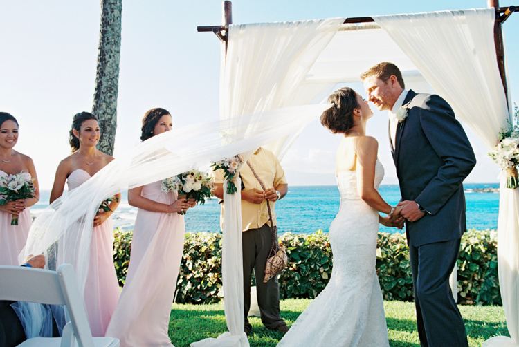 maui photographer wendy laurel's film images of maui wedding at merrimans in kapalua-22