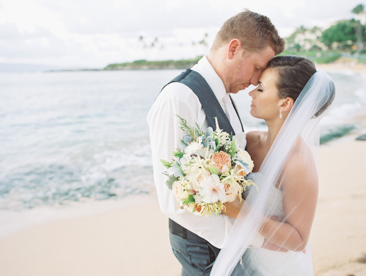 maui photographer wendy laurel's film images of maui wedding at merrimans in kapalua-35