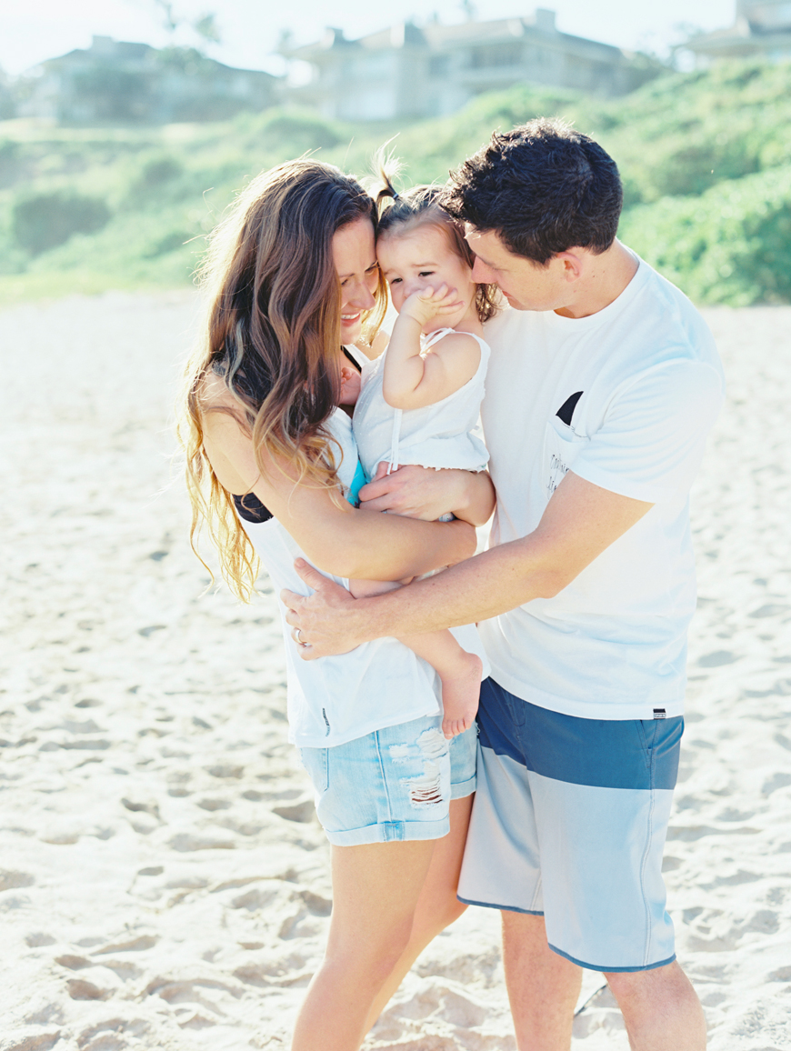 gorgeous beach lifestyle maui family photographs by maui photographer wendy laurel-27