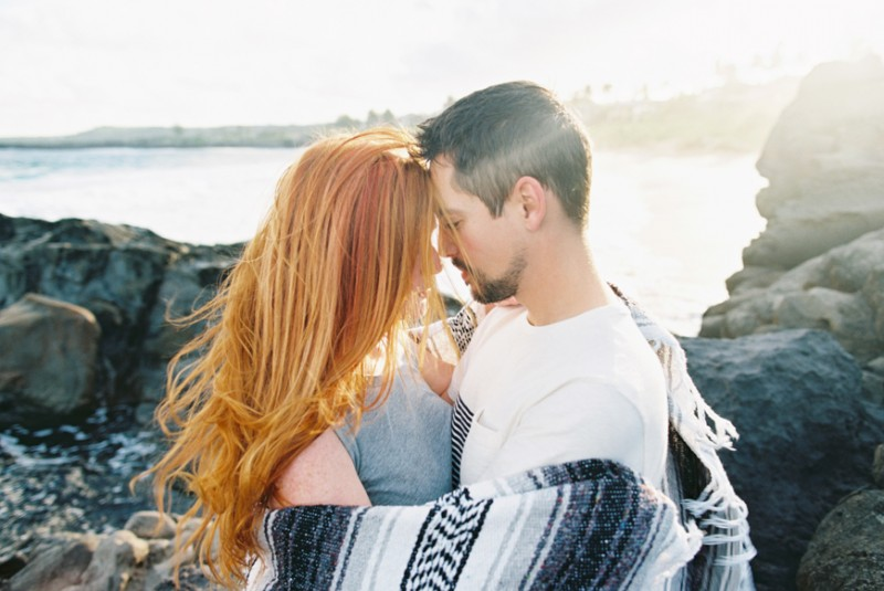 maui engagement photos at ironwoods beach in kapalua by maui family photographer wendy laurel-1