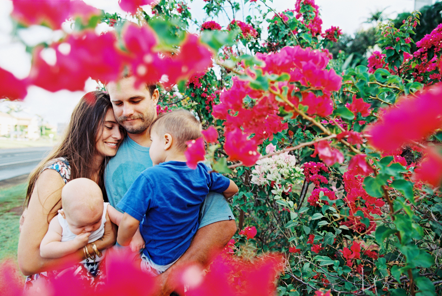 bougainvillea-maui-family-photography-session-by-maui-photographer-wendy-laurel-called-coming-up-roses-38