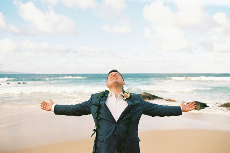 maui-beach-wedding-and-elopement-at-ironwoods-beach-in-kapalua-by-maui-photographer-wendy-laurel