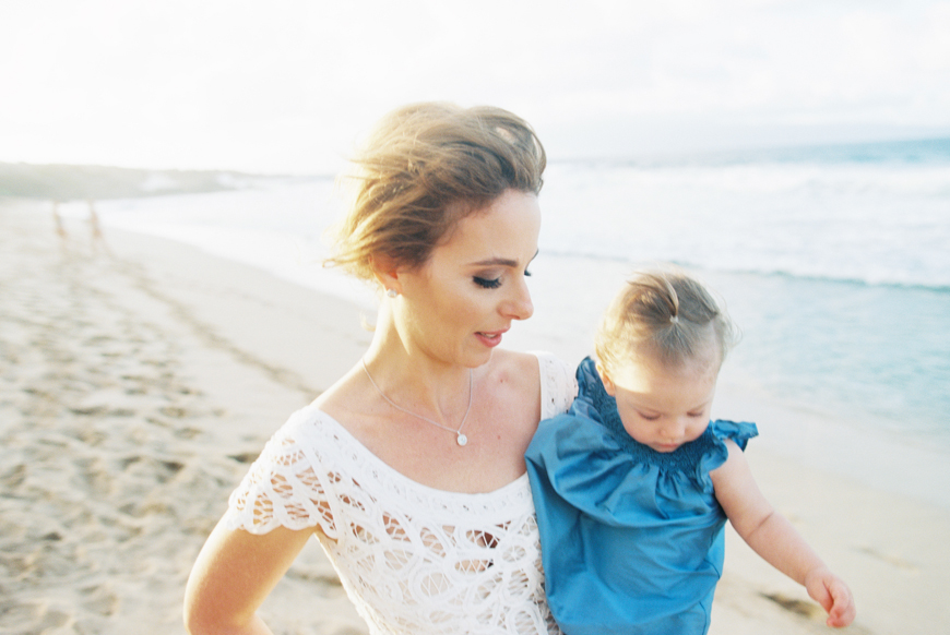maui-beach-wedding-and-elopement-at-ironwoods-beach-in-kapalua-by-maui-photographer-wendy-laurel-45