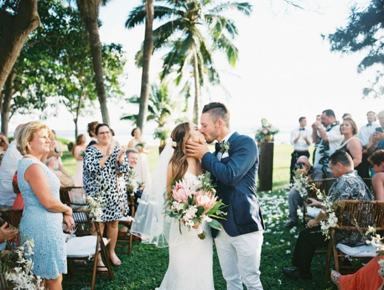 maui-olowalu-wedding-featured-on-the-knot-by-maui-wedding-photographer-wendy-laurel