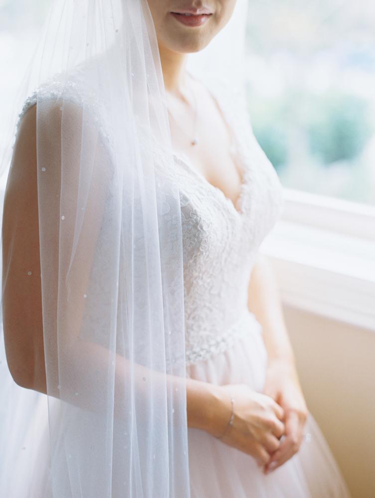 elegant maui wedding at ritz carlton kapalua by maui wedding photographer wendy laurel-