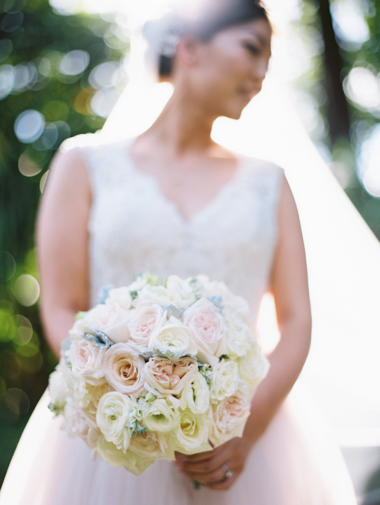 elegant maui wedding at ritz carlton kapalua by maui wedding photographer wendy laurel-
