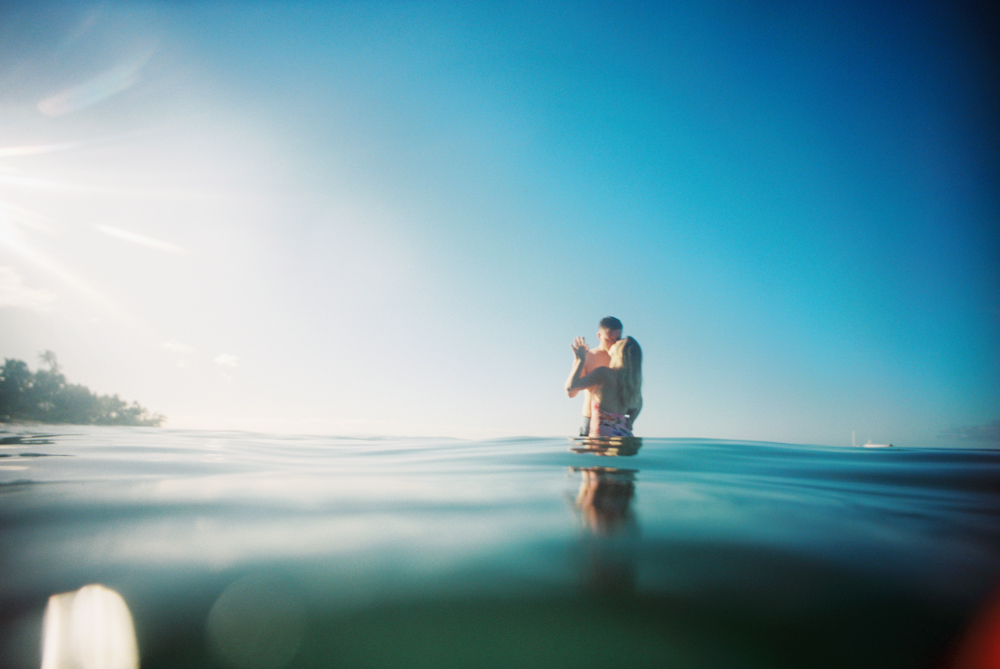 maui couple shoot on the beach in lahaina by maui photographer wendy laurel