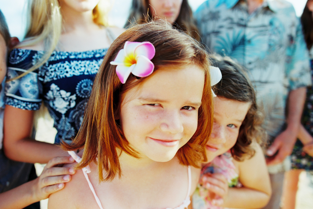 extended family beach photography shoot on lahaina beach in maui by maui photographer wendy laurel