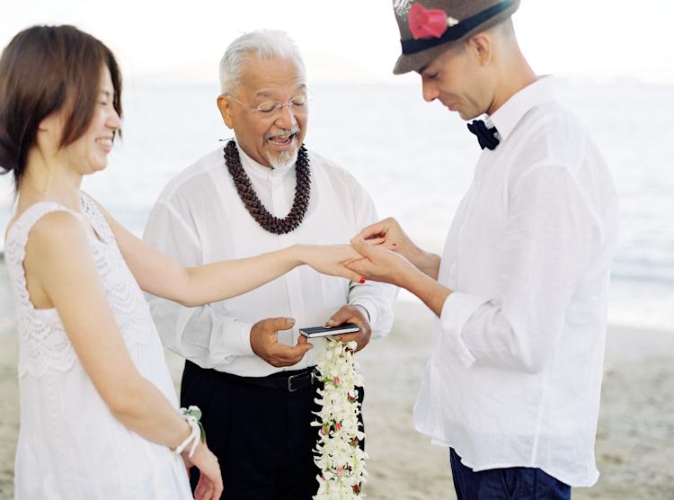 waikiki beach wedding (13)