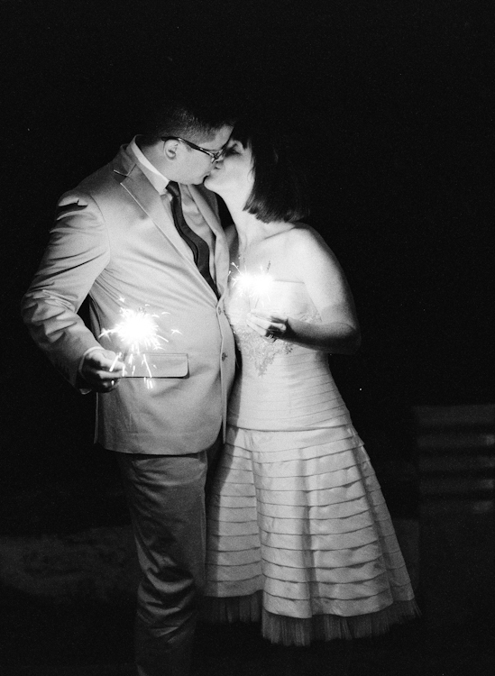sparklers in maui weddings (1)