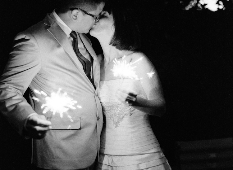 sparklers in maui weddings (2)