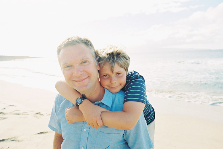 maui family photographer wendy laurel's image of dad and son