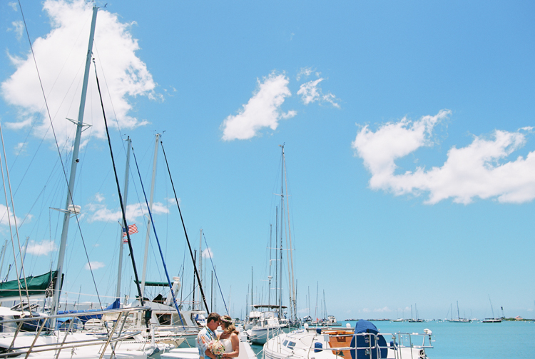 hawaii photographer wendy laurel's photos of sailboat wedding in honolulu oahu (45 of 62)