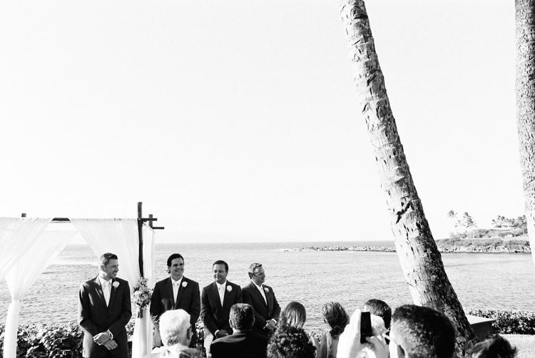 maui photographer wendy laurel's film images of maui wedding at merrimans in kapalua-9