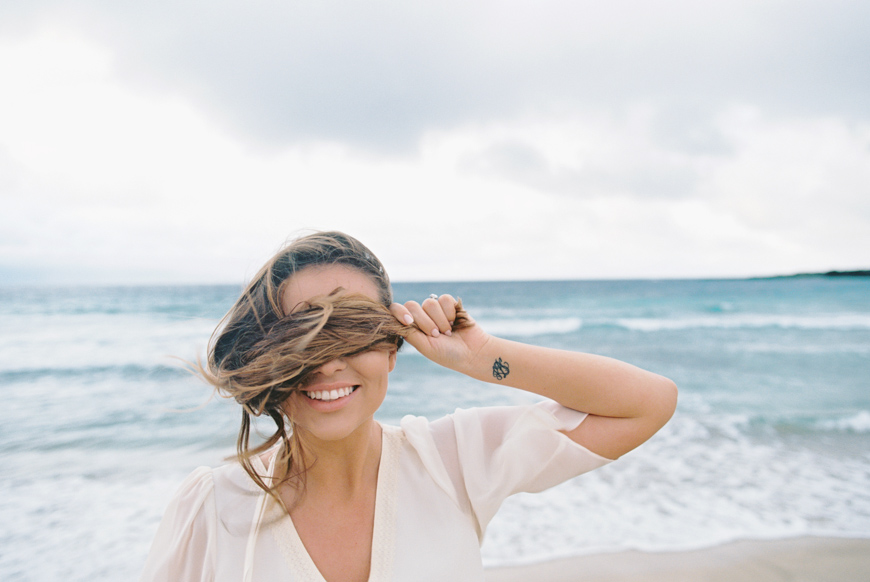 maui photographer wendy laurel with maui engagement and proposal at ironwoods beach-14