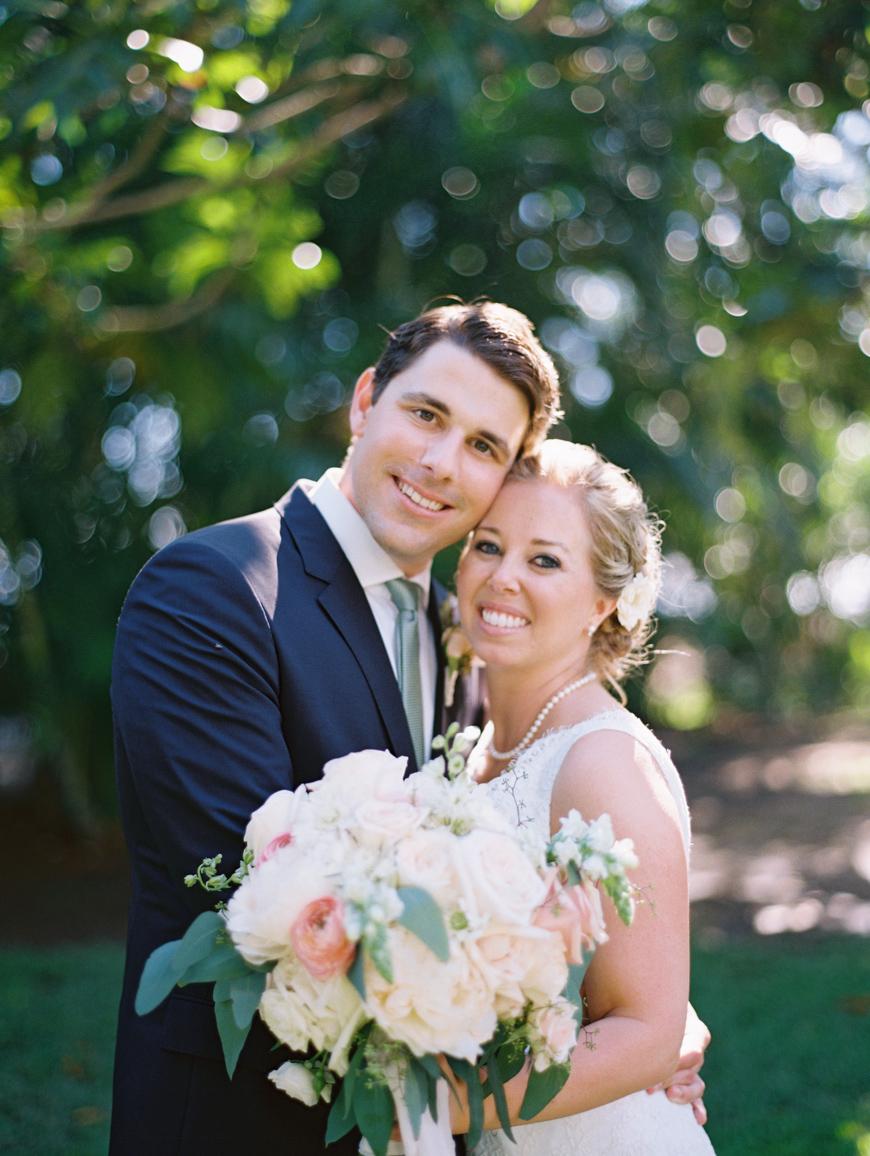elegant oceanside maui wedding at olowalu plantation house images by maui wedding photographer wendy laurel-31