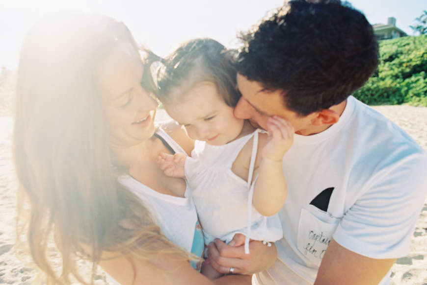 gorgeous beach lifestyle maui family photographs by maui photographer wendy laurel-35