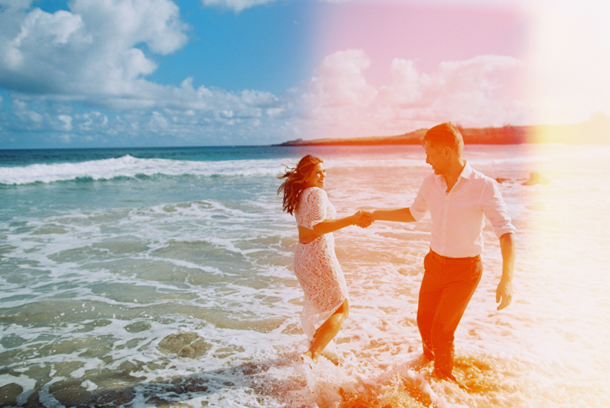 ironwoods-beach-elopement-by-maui-photographer-wendy-laurel