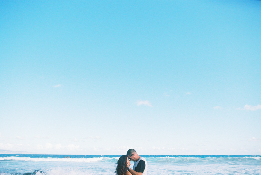 rainbow-maui-family-photography-on-ironwoods-beach-in-kapalua-by-maui-photographer-wendy-laurel