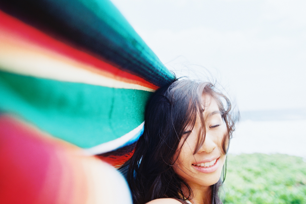 living in rainbow portraits by maui photographer wendy laurel in kapalua