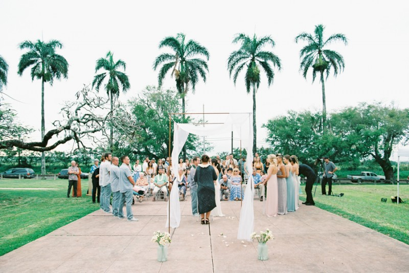 maui backyard wedding by wendy laurel