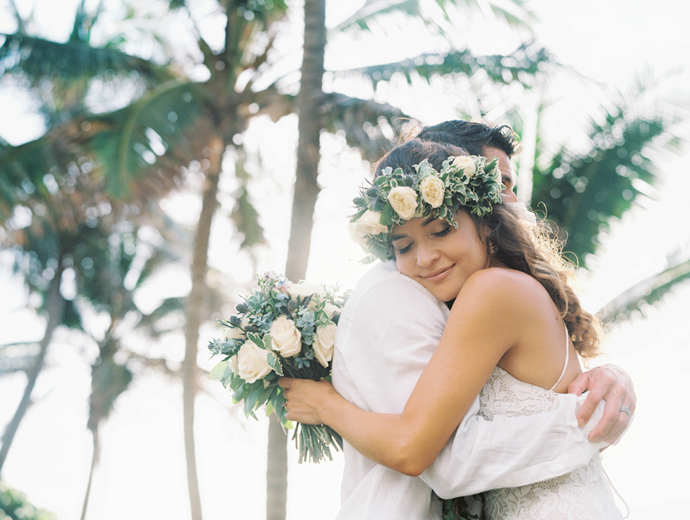 sunrise maui wedding on the ocean by maui photographer wendy laurel