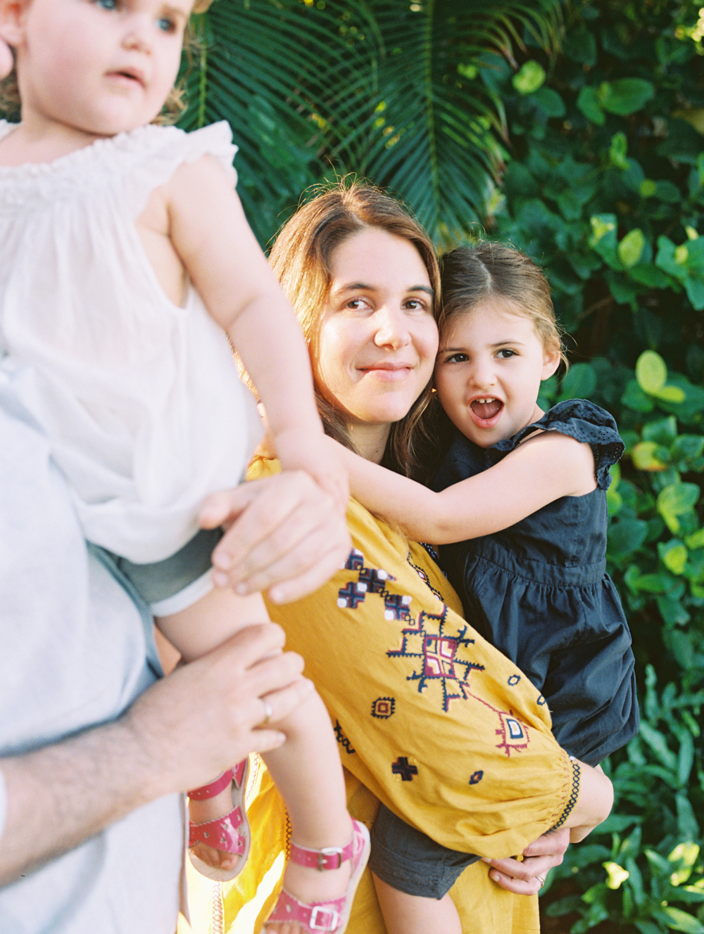 family photography by maui photographer wendy laurel