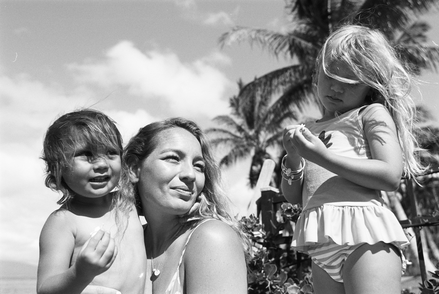 beach photograph of mom and kids